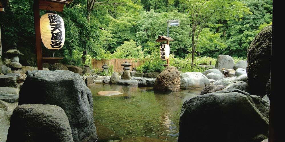 貝掛温泉<新潟県・苗場>